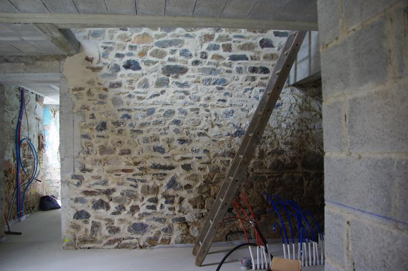 La Vieuville: rénovation de la longère - chapitre 09 - les velux